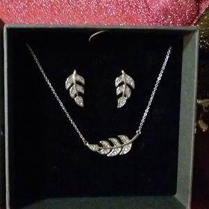 Nic & Syd Swarovski crystal Jewelry set,